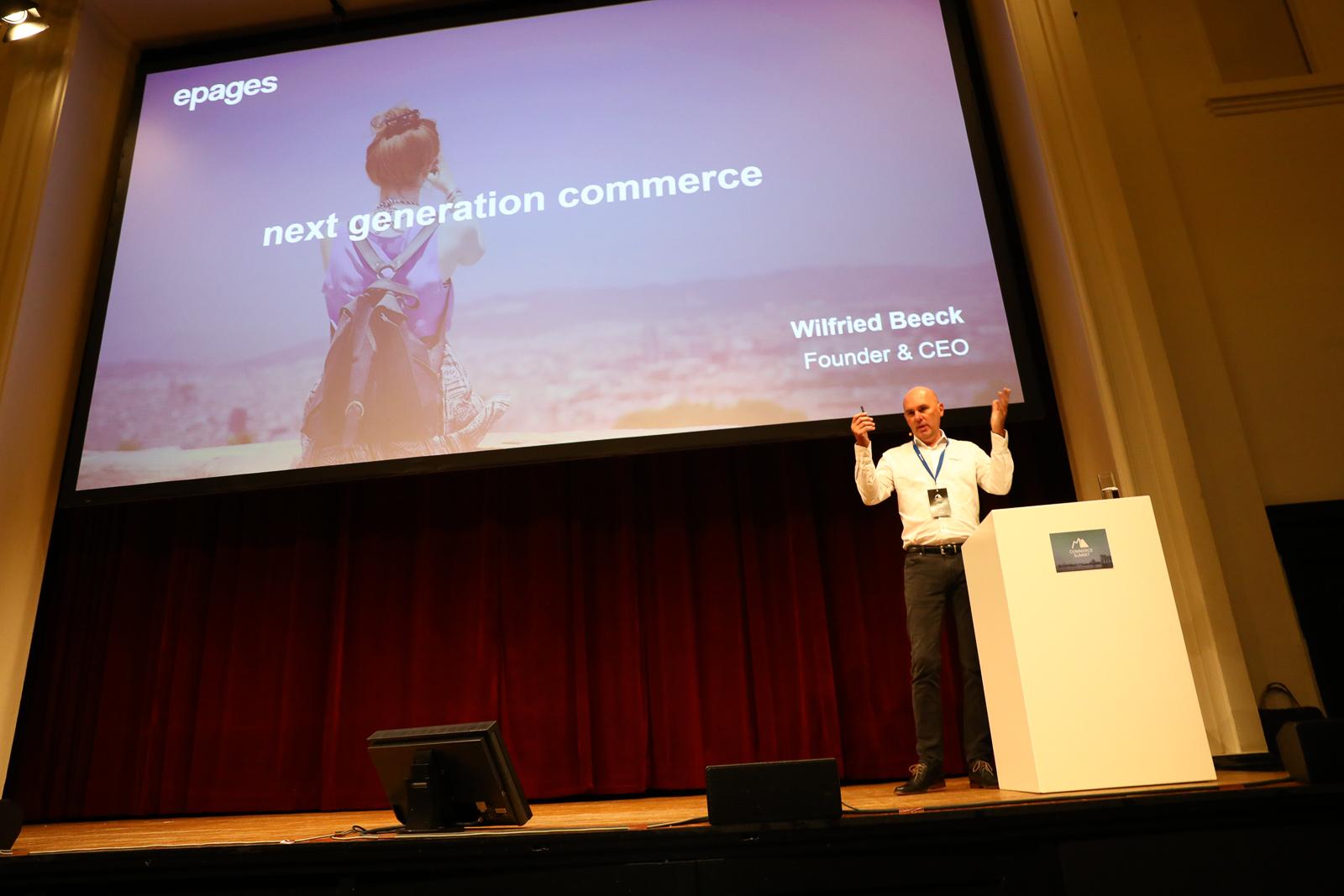 Wilfried Beeck, CEO von ePages, bei seiner Eröffnungs-Keynote beim Commerce Summit